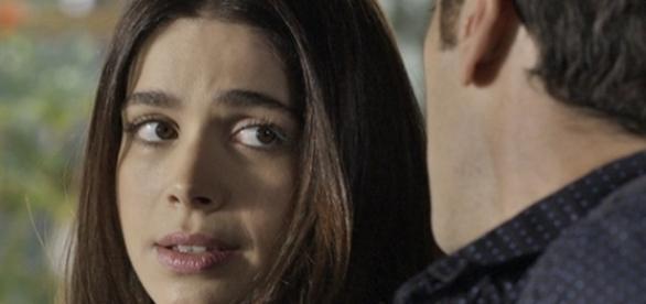 Shirlei é salva de atropelamento por Felipe (Divulgação/Globo)