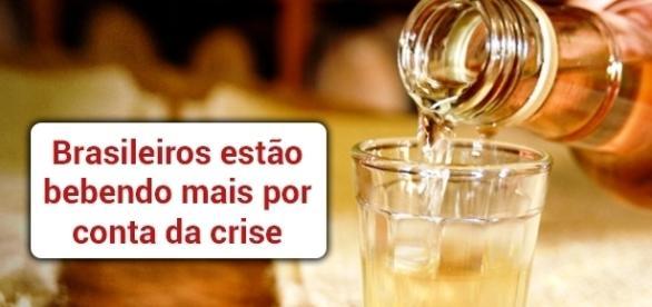 Venda de cachaça aumentou no Brasil com a crise - Foto: Reprodução Sebraemercados