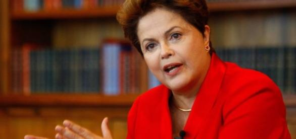 "Dilma enfrenta fase final do processo de ""impeachment"""