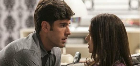 Felipe termina com Jéssica e diz que ama Shirlei