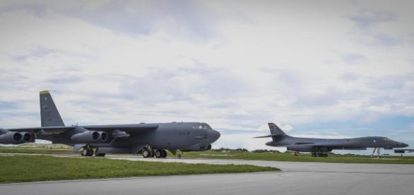 Baza Militară Aeriană de la Incirlik Turcia - Bombardiere strategice - Foto: http://www.af.mil/