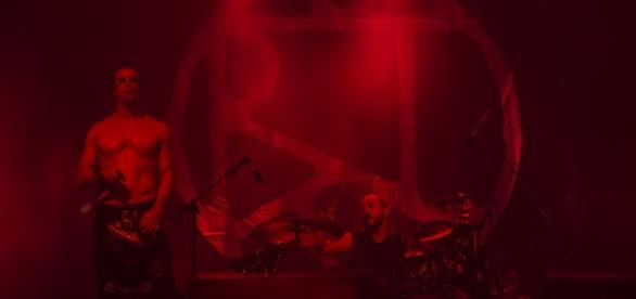 Bizarra Locomotiva no Vagos Metal Fest 2016