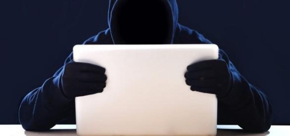 Saiba como descobrir se seu Facebook foi invadido