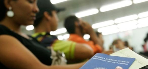IBGE divulgou pesquisa em que desemprego no Ceará atingiu quase meio milhão de cearenses.