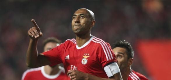 Luisão era o jogador com mais anos de Benfica