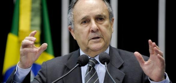 Senador Cristovam Buarque, do partido PPS