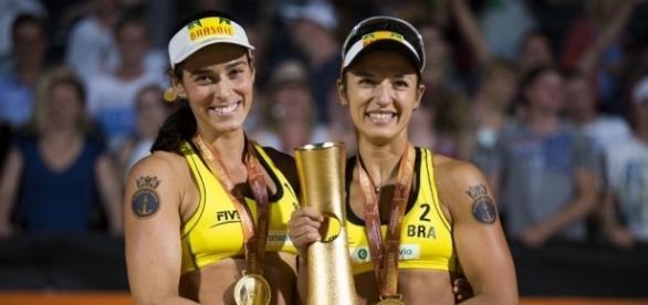 Assista a final do vôlei de praia feminino, ao vivo, na TV e na internet.