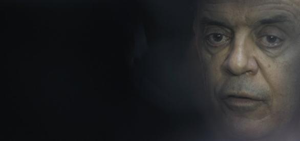 Ministro das Relações Exteriores, José Serra, é contrário que a Venezuela assuma a presidência do Mercosul