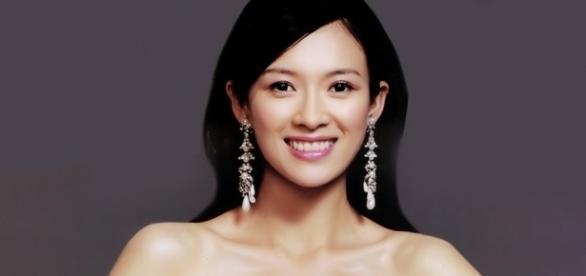 Hottest Chinese females - Source: hollywoodneuz.us/zhang-ziyi