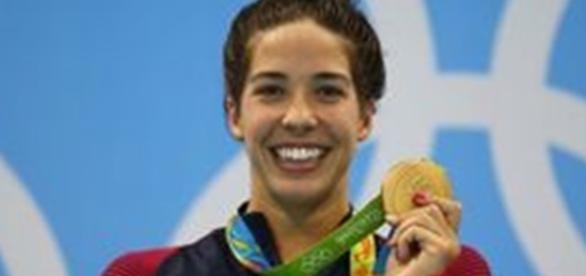 Nadadora declara que Deus é maior que toda vitória nessas olimpíadas