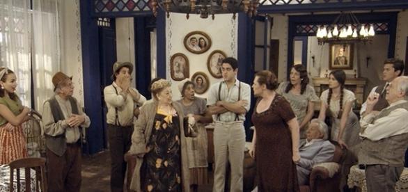 Paulina e Cunegundes brigam em 'Êta Mundo Bom!' (Divulgação/Globo)