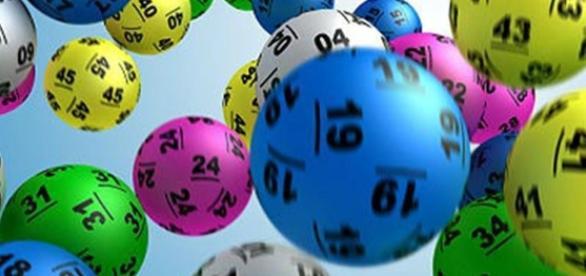 Resultado da Lotofácil 1402 e da Mega-Sena 1848; confira os números do sorteio