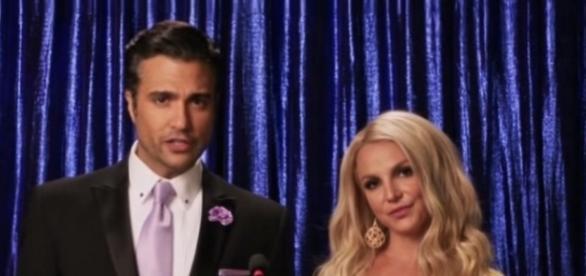 Jaime Camil, sucesso em Jane The Vingin, ao lado de Britney Spears