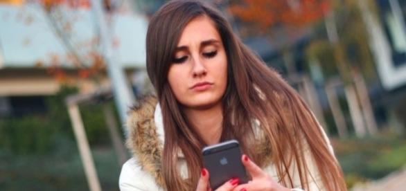 Apesar de aplicativos de namoro, sexo entre adolescentes é menor