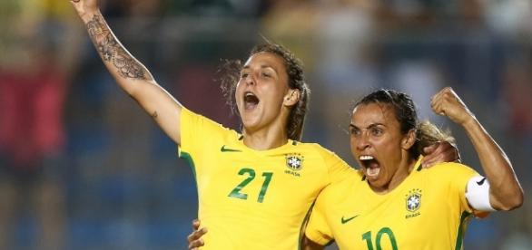 Seleção feminina entra em campo contra a China na estreia do futebol feminino nos Jogos Rio 2016 (Ricardo Stuckert / CBF)
