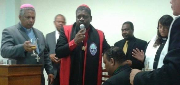 Dom Elias Batista Nogueira, responsável pela igreja anglicana no Brasil