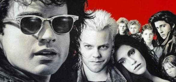 Elenco do filme 'The Lost Boys', de 1987 (Foto: Warner Bross/Divulgação)