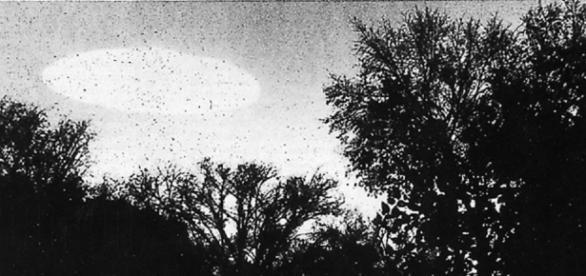 Objeto luminoso fotografado em Mineápolis, em 1960