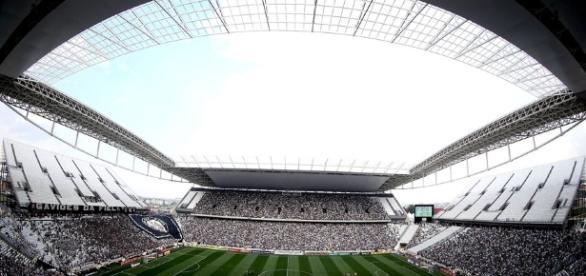Corinthians x Vitória: assista ao jogo ao vivo na TV e na internet
