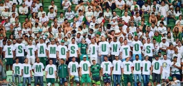 Palmeiras segue na liderança do Brasileirão