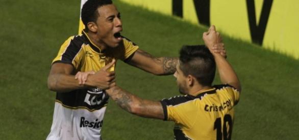 Artilheiro da Série B também despertou interesse do Palmeiras