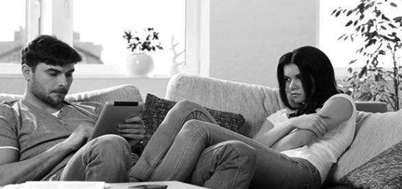 """Nem todo relacionamento é perfeito, e algumas briguinhas podem """"dizer"""" que fazem parte."""
