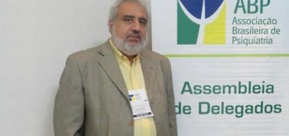 Psiquiatra Adilson Bechara morto por adolescente