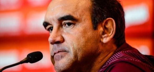 Ricardo Gomes não está satisfeito