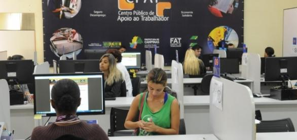 CPAT oferece mais de 50 vagas com salários de até R$ 1,8 mil