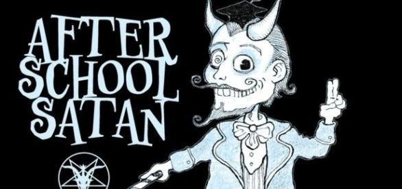 Organização pretende oferecer aulas de satanismo