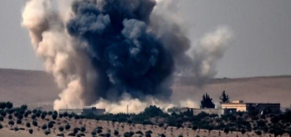 Turcia a atacat cu avioane și tancuri teritoriul Siriei pentru a elibera orașul Jarabulus de sub dominația ISIS (Foto AFP - Bulent Kilic)