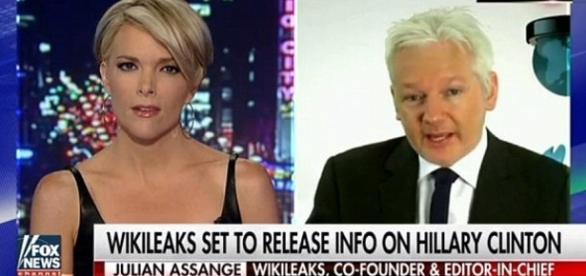 Assange diz que o grupo Wikileaks está em posse de milhares de documentos (Fox News)