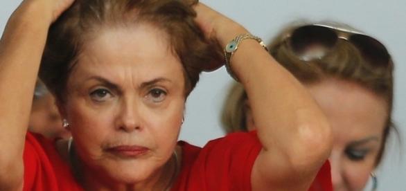 Dilma Rousseff pode ter que responder Janaína Paschoal