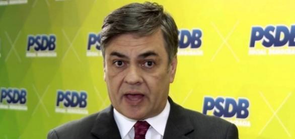 Cássio Cunha Lima (PSDB) disse que os votos favoráveis ao impeachment de Dilma Rousseff é de 60 votos.