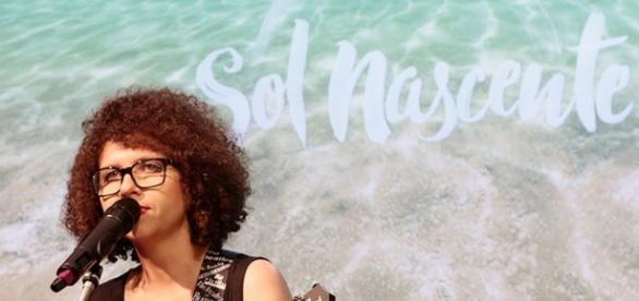 """Minha Felicidade"" embala a abertura de Sol Nascente"
