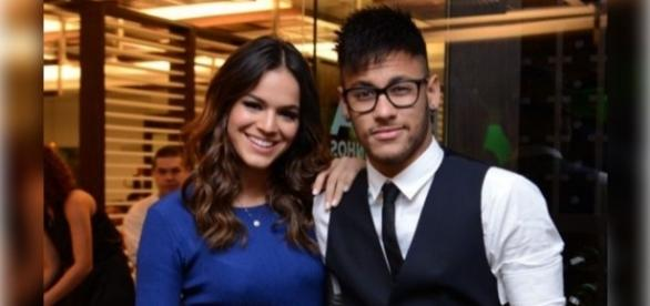 Neymar continua tentando reconquistar Bruna Marquezine