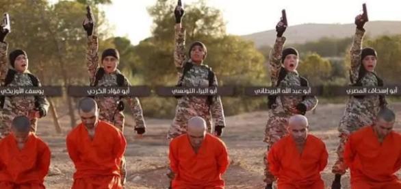 Crianças assassinam prisioneiros para o Estado Islâmico