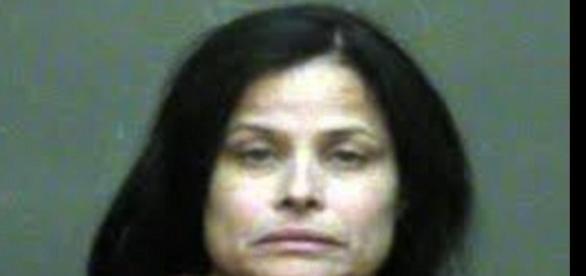 Imagem da mulher acusada de matar a própria filha