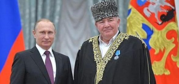 """Putin şi """"omul său de bază în Caucaz"""""""