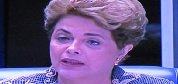 Dilma se defende no Senado: o mesmo discurso