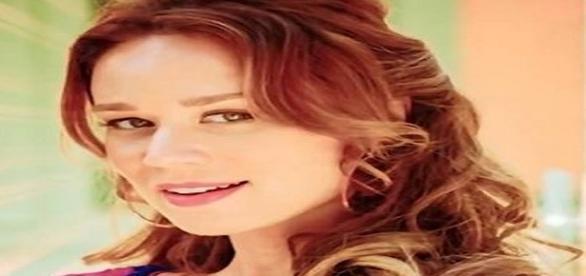 "Intérprete de Tancinha, da novela ""Haja Coração"", da Rede Globo, Mariana Ximenes se posicionou contra o impeachment de Dilma Rousseff (Foto: Twitter)"