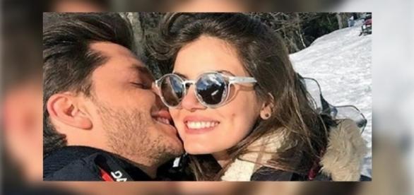 Klebber Toledo e Camila Queiroz curtem Bariloche juntinhos