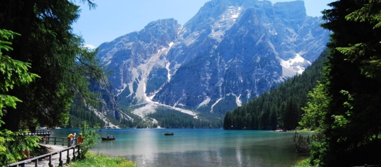 Estate 2016, fare il bagno in uno dei laghi più belli di Italia: foto e video