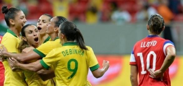 Futebol Feminino 2014 – Obrigado a todos! Que venha 2015!   Voa ... - com.br