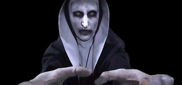 Megaevento de terror usa WhatsApp da personagem Valak como ferramenta de Marketing
