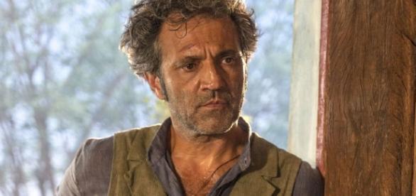 Santo morre e ressuscita em 'Velho Chico' (Divulgação/Globo)
