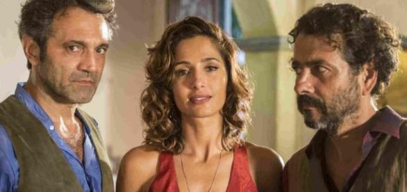 Carlos diz que Tereza não ficará com Santo
