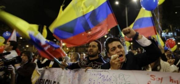Histórico / Colombia abre una nueva era al lograr un acuerdo de ... - com.ar