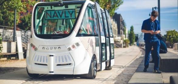 Le premier minibus sans chauffeur est à Lyon | nouvelles ... - matiastanea.gr