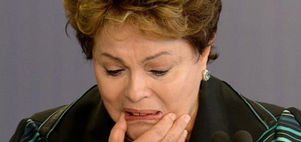 Maioria dos brasileiros é a favor do impeachment de Dilma Rousseff